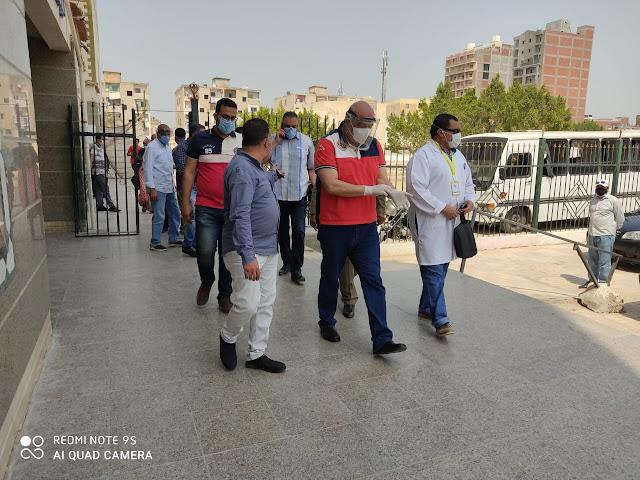 لجنة برئاسة السكرتير العام المساعد بمستشفيات حوش عيسى المركزى وحميات ابو المطامير