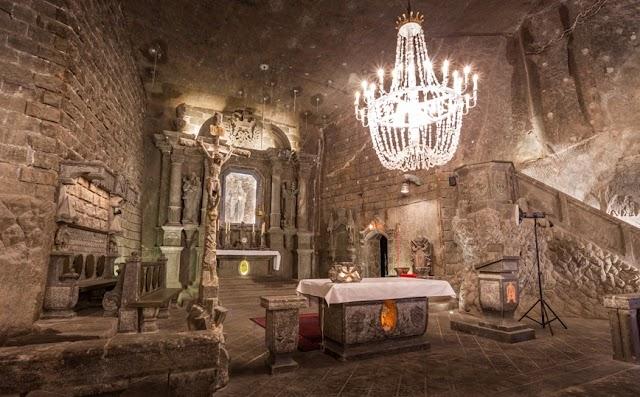 Ο εκπληκτικός υπόγειος κόσμος στην Πολωνία φτιαγμένος από αλάτι
