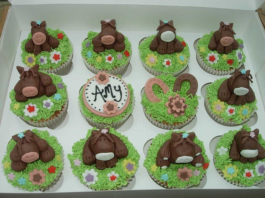 Hannahs Creative Cakes Horse Cupcakes 17th Birthday
