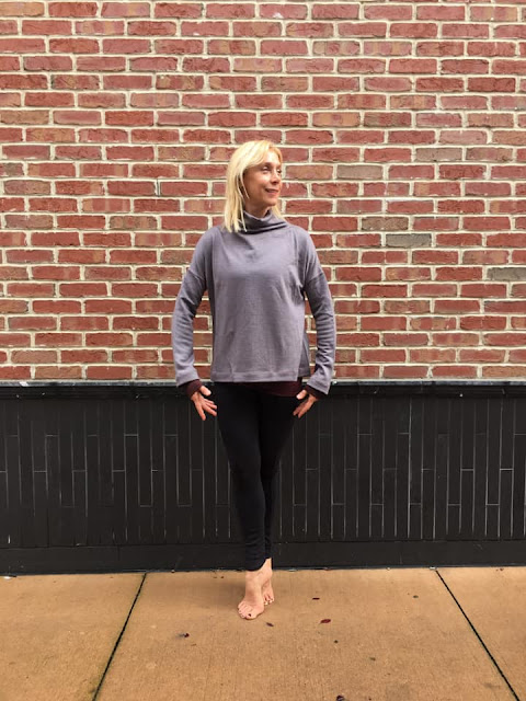 lululemon principal-dancer funnel-neck golden-lining-tight