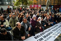 Turki Pecat 10.000 PNS, dan Tutup 15 Media