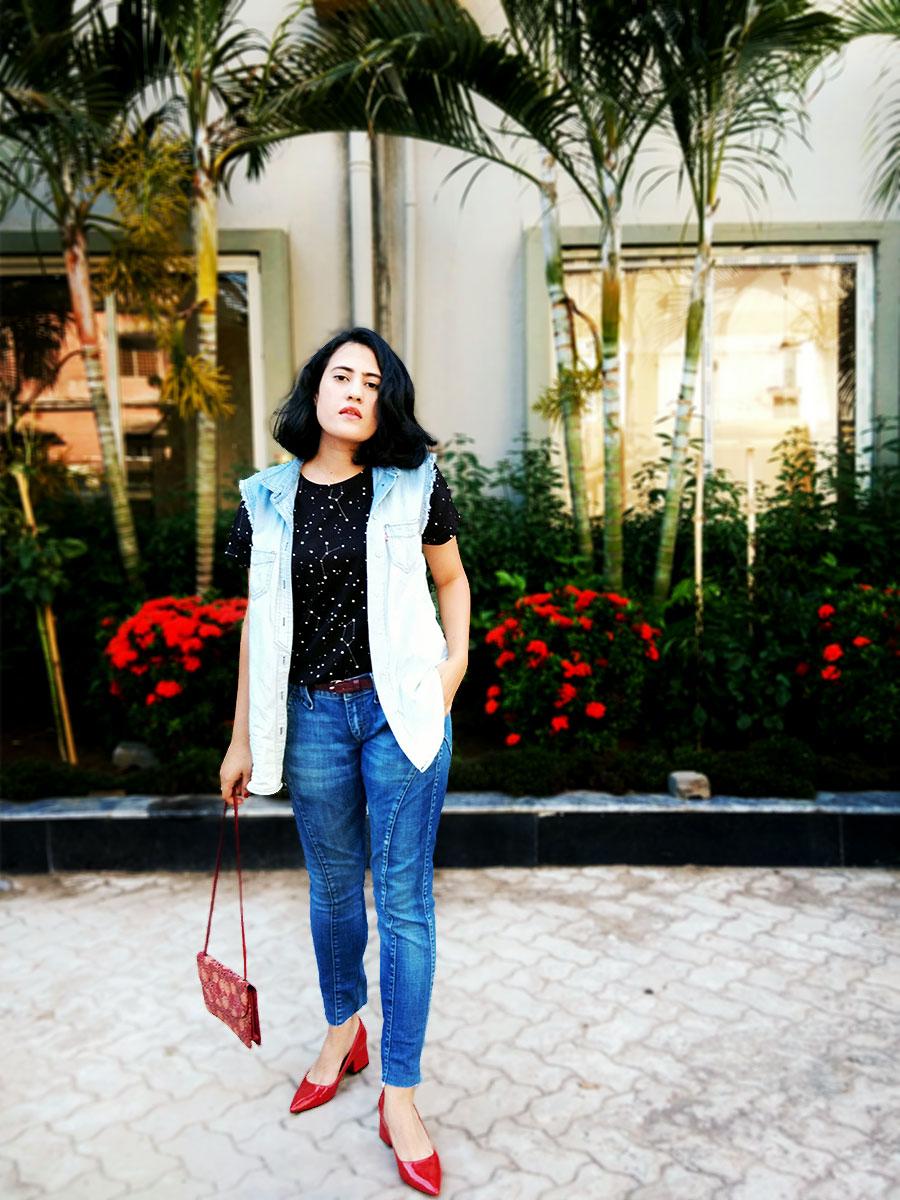 Mango black starTOP, Mango blue Jeans ,Levi's Denim Vest,Zara Red patent Heels
