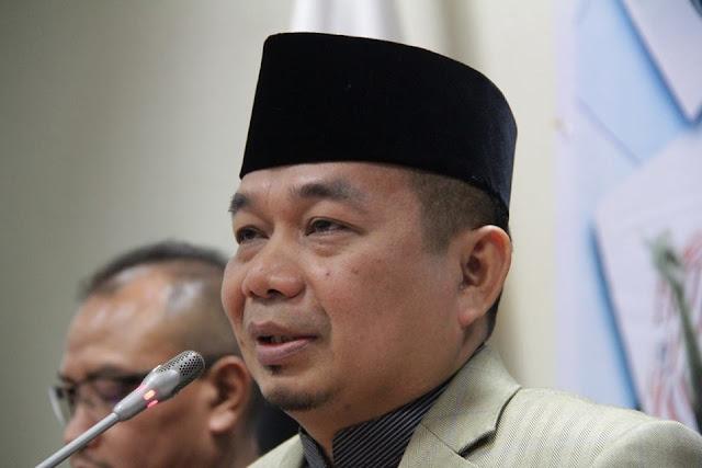 Rupiah Melemah, PKS Minta Menteri Baru Jokowi Kerja Cepat