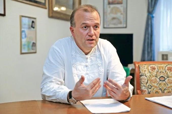 Gaudi-Nagy Tamás a 2006 őszi rendőrterrorról szóló vándorkiállításról és a szemkilövetők hazugságairól