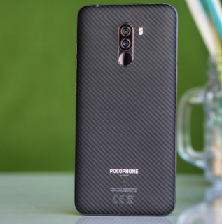 Xiaomi Poco F1 mendapatkan varian 128GB di India