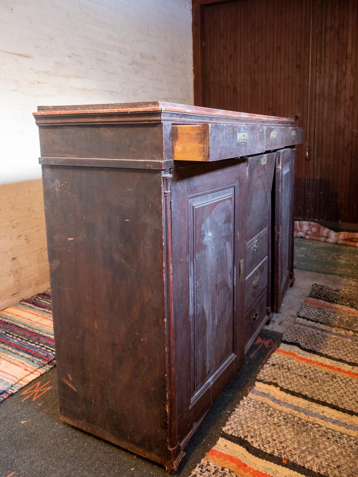 vanhojen huonekalujen kunnostaminen