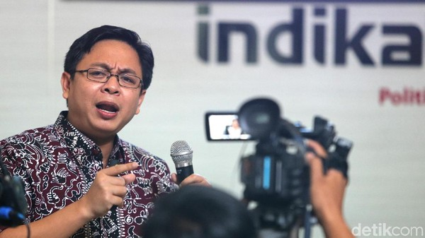 Survei Indikator: Pro Prabowo di 2019 Cenderung Tak Percaya Vaksin COVID-19
