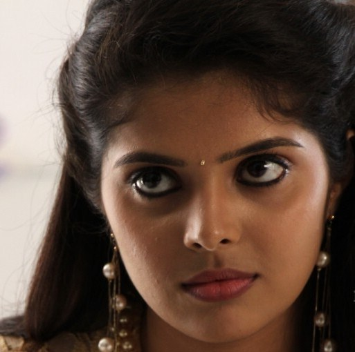 Tollywood Actress Oily Face Closeup Photos Shravya