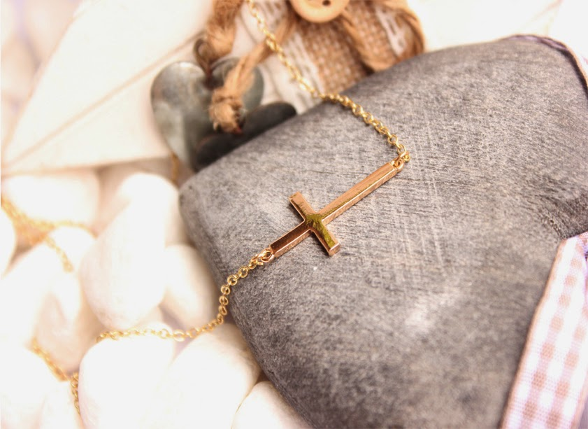 collier croix pas cher