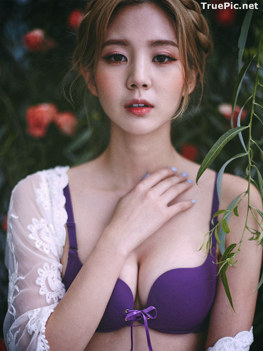 Image Lee Chae Eun - Korean Fashion Model - Purple Lingerie Set - TruePic.net - Picture-10