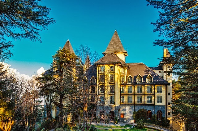Wildflower Hall Luxury Hotels in Shimla