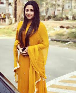 Azmeri Asha Bangladeshi Actress Hot and Sexy Photo Gallery