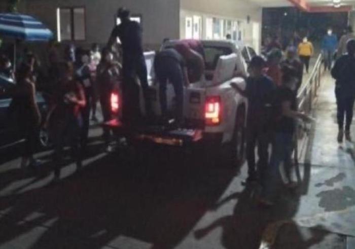 Otra vez, Sicarios de Los Chapitos regalan comida en hospitales de Culiacán; Sinaloa