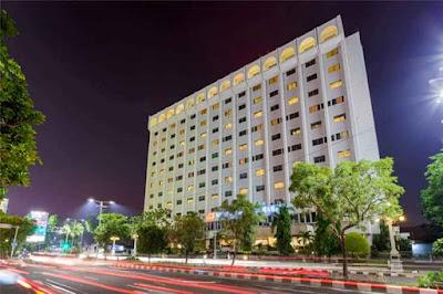 Rekomendasi+Hotel+terbaik+di+tengah+kota+surabaya