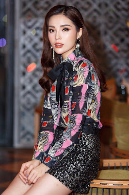 Bước chân vào showbiz với danh xưng Hoa hậu Việt Nam 2014, Kỳ Duyên đã nhanh chóng gây tranh cãi bởi nhan sắc của mình