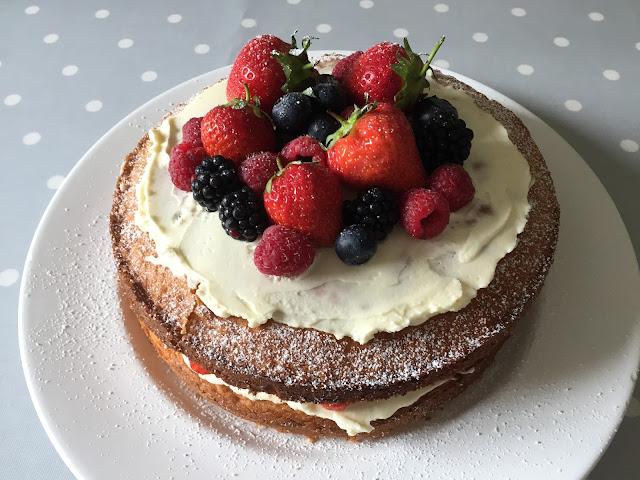 Cake Junki Victoria Sponge With Summer Berries