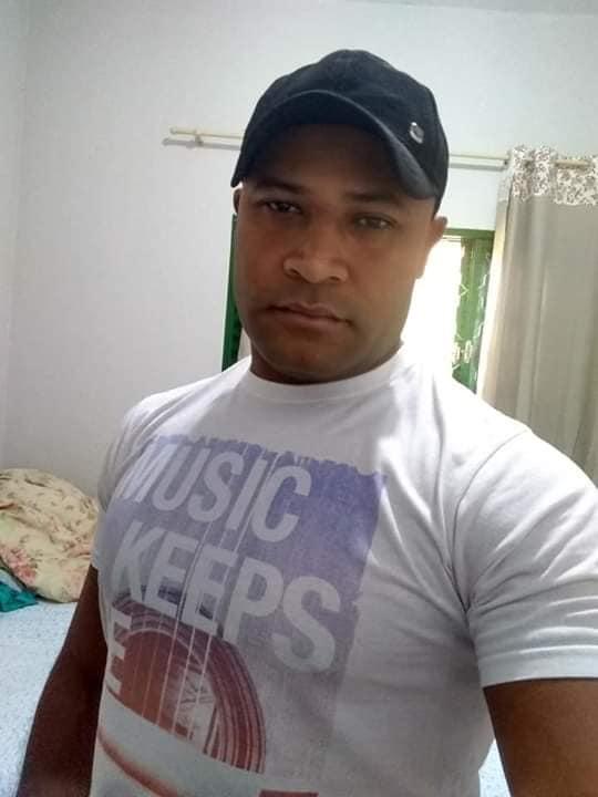 """FACADA FATAL: Elesbonense """"Mundin da Mozila"""" é morto em Ipuã-SP; acusado se entregou a polícia."""