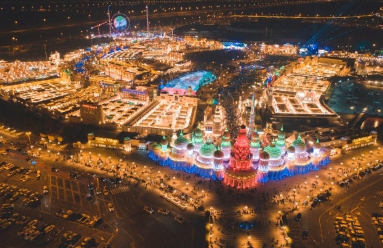 متى تفتح القرية العالمية في دبي 2022