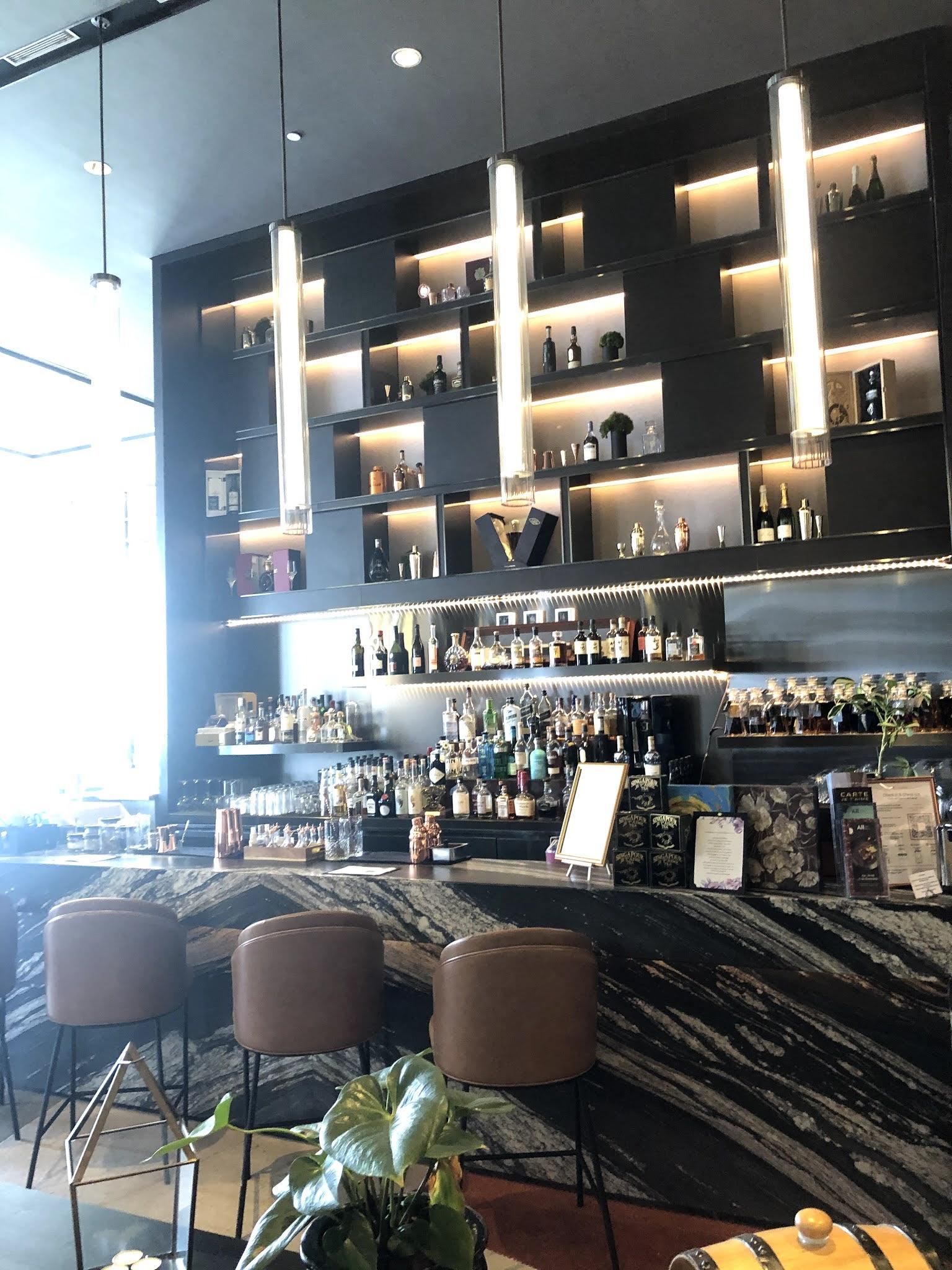 Sofitel Singapore City Center Bar