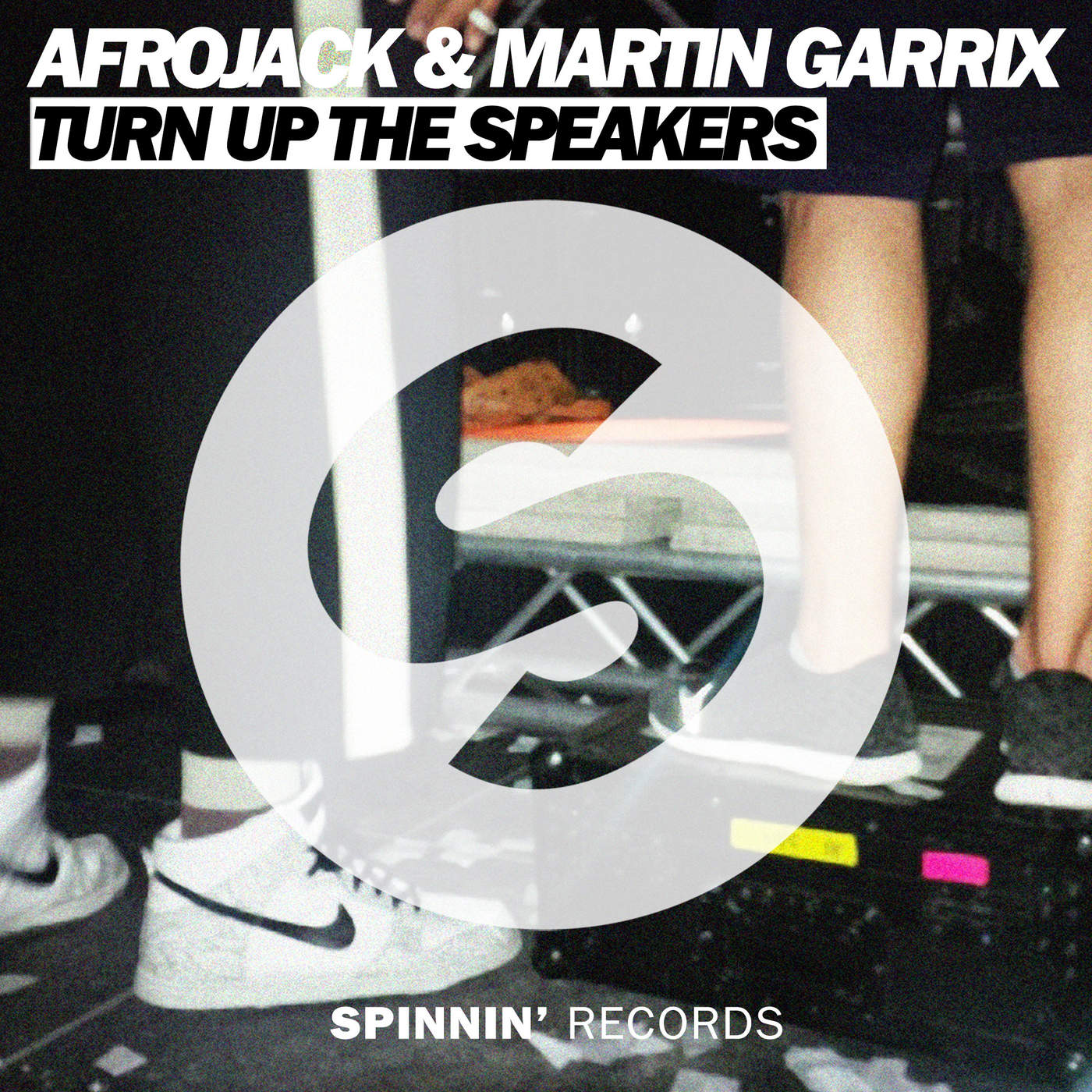 Afrojack & Martin Garrix - Turn Up the Speakers - Single Cover