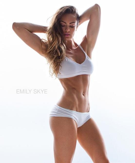 Fitness Model Emily Skye
