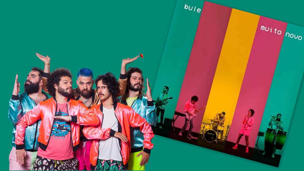 Gravada em Recife (Pernambuco), no estúdio da banda, 'Muito Novo' é uma composição do Bule, com letra de Toni Lamenha e Pedro Liao.