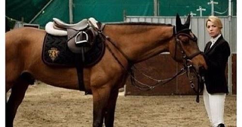 Why Horsey Girlfriends Rock...