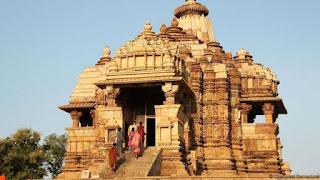 आप ऐसा क्यों सोचते हैं कि पुराने मंदिर बहुत कुछ घर जैसे ही होंगे
