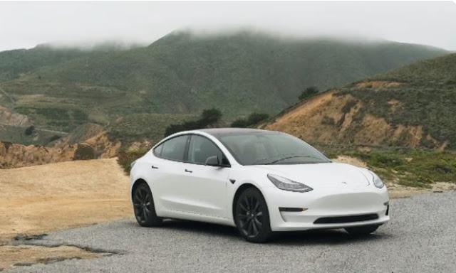 Tesla recalls fleet of 300,000 electric cars in China