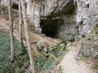 Die Falkensteiner Höhle im Geopark Schwäbische Alb
