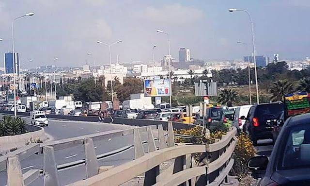 ازدحام مروري في مدخل العاصمة