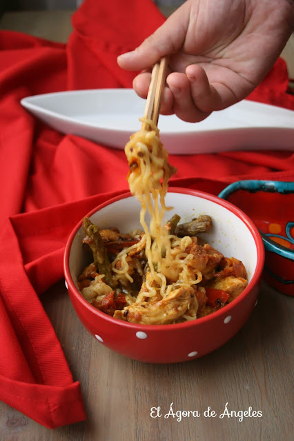 Chow Mein De Pollo