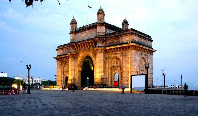 Objek Wisata Gateway of India Mumbai