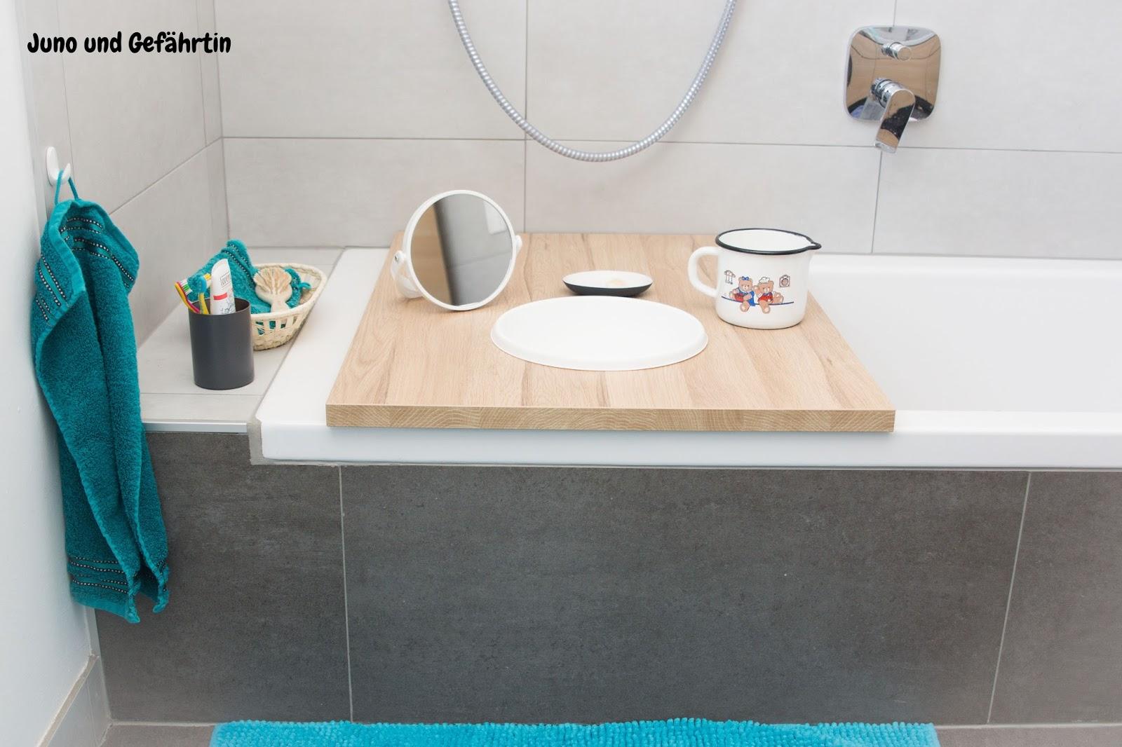 juno und gef hrtin juni 2017. Black Bedroom Furniture Sets. Home Design Ideas