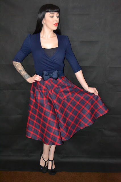 Dancing Days by Banned 50s Apple Of My Eye Tartan Skirt in Blue and Red