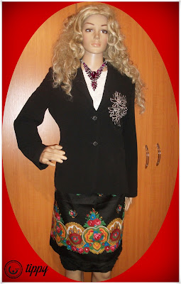 Taior *Tippy*, stofa fina din polyester, viscoza si elastan, foarte elegant!