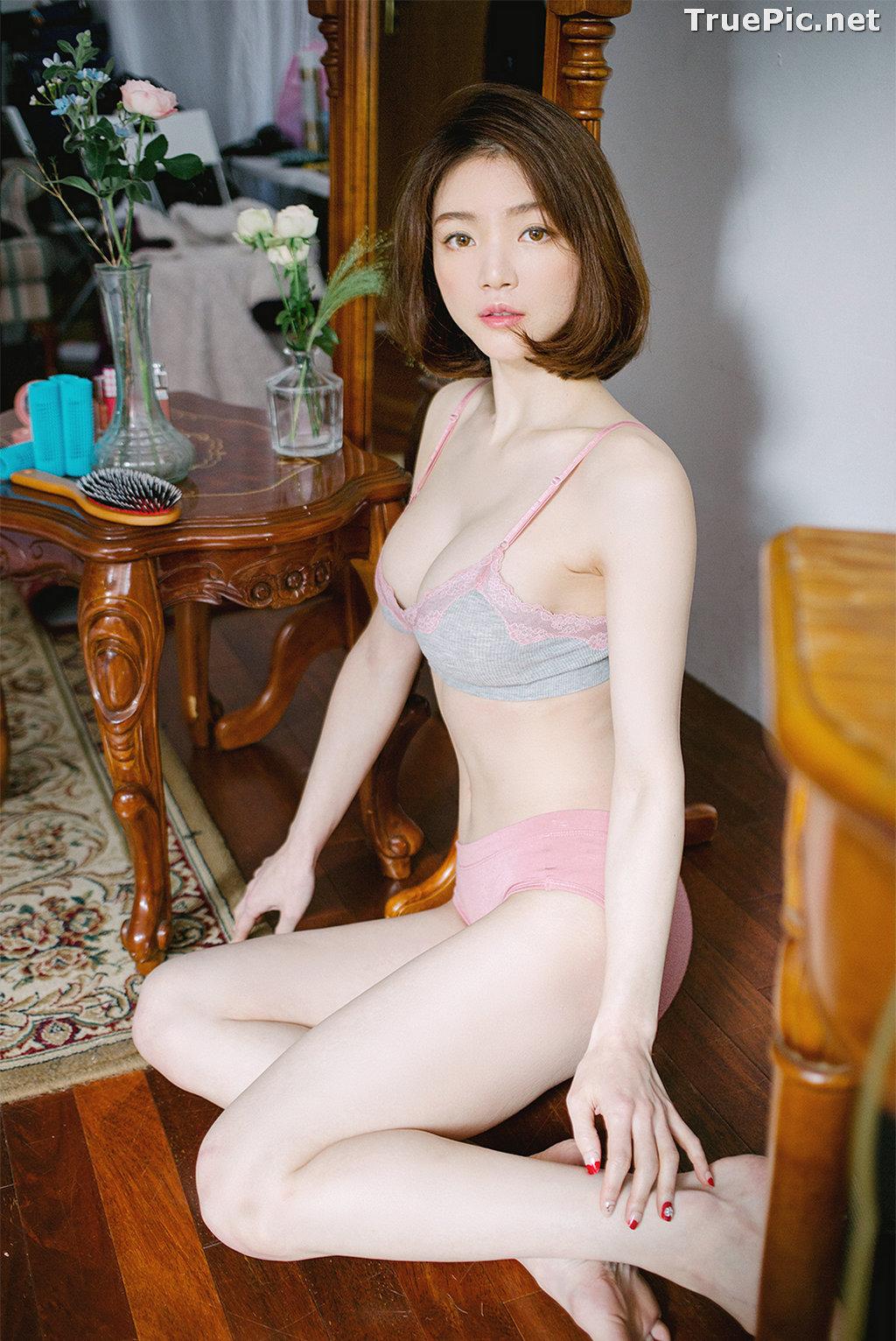 Image Korean Fashion Model - Lee Ho Sin - Laralette Gray Lingerie - TruePic.net - Picture-2