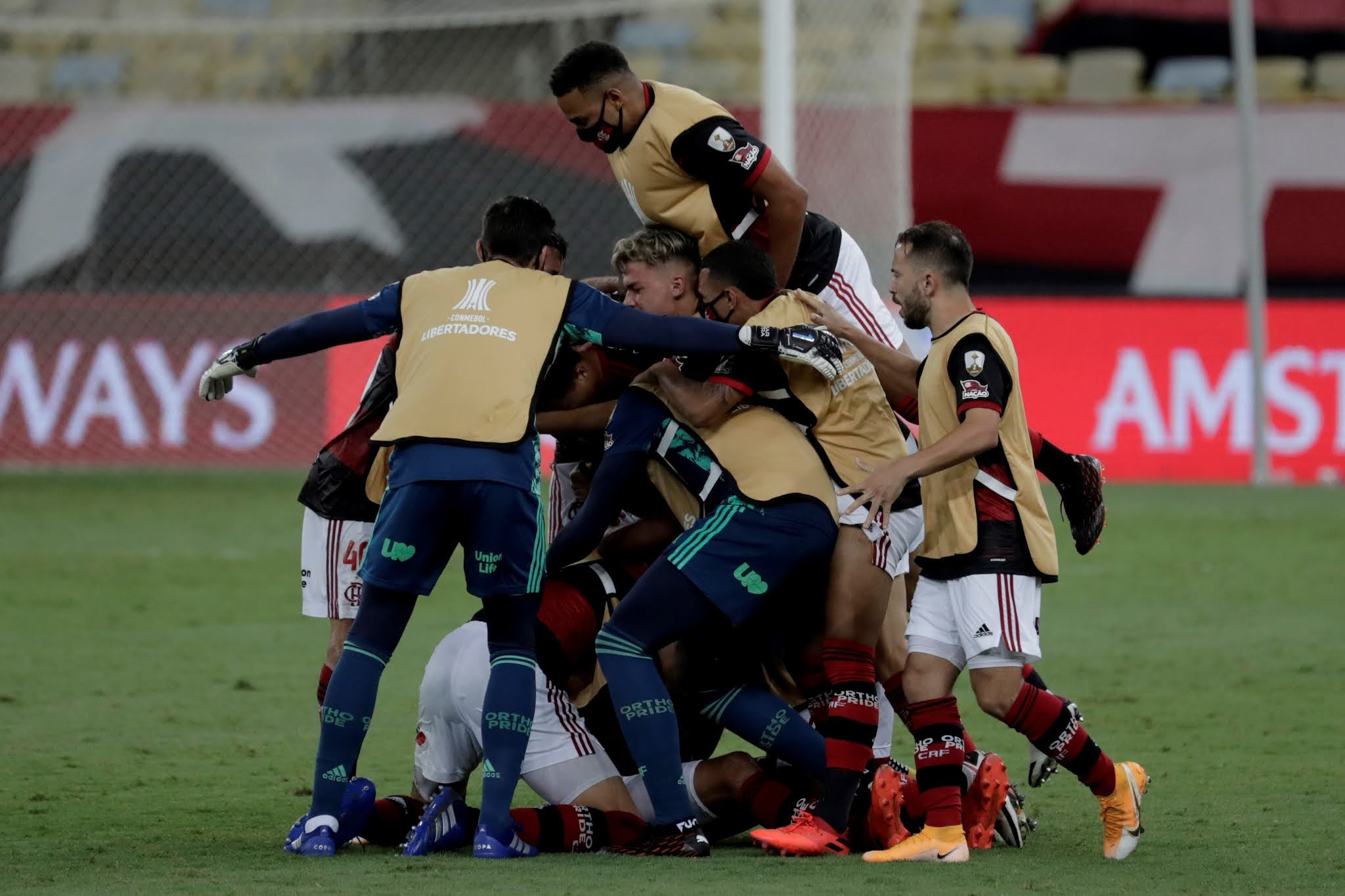 Partidazo: A Bahía no le alcanzó con el doblete de Gilberto y cayó frente a Flamengo por 4 a 3