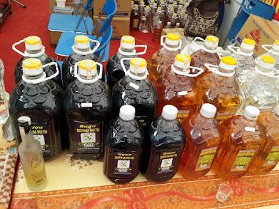 Rượu dừa, rượu táo mèo, rượu nếp cái hoa vàng, rượu ba kích, rượu nếp cái trắng, rượu chuối hột, rượu gạo men lá