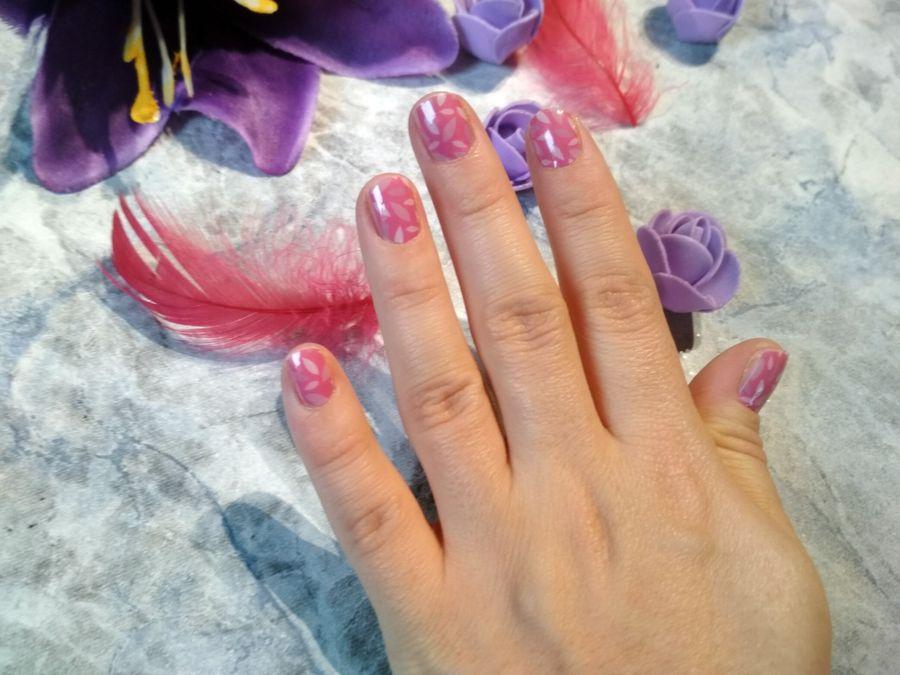 różowe mani