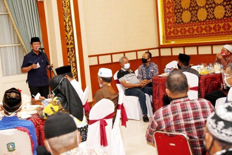 Jumpa Gubernur Kepri Isdianto, Perwakilan RT/RW se-Tanjungpinang Curhat