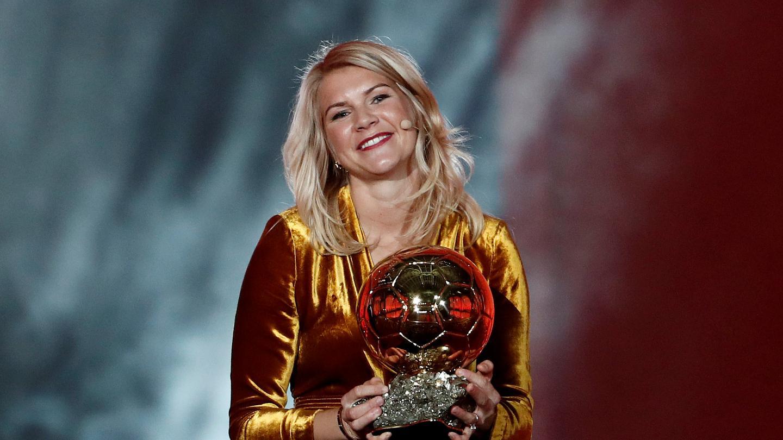 """فرانس فوتبول تعلن إلغاء منح جائزة """"البالون دور"""" للمرة الأولى في تاريخها"""