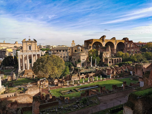 palatine hill, rome attractions, trees, blue sky, hill, ruined buildings, rome, italy