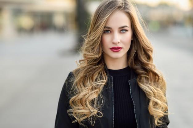 علاج الشعر الخشن والمجعد طبيعيا و في مدة قياسية