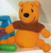 http://crochetargentino.blogspot.com.es/2014/03/haciendo-winnie-pooh-en-castellano.html#.VPQMMI7LJq8