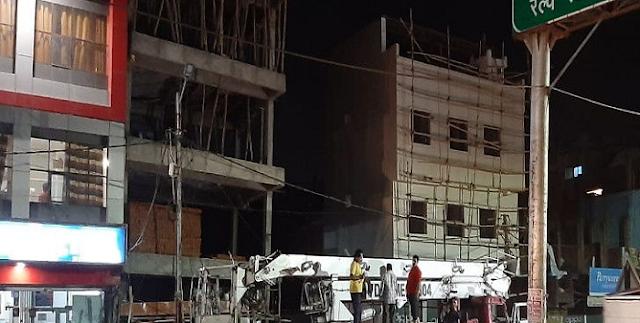 BHOPAL NEWS: अंडर कंस्ट्रक्शन बिल्डिंग झुकी, दहशत, जमींदोज किया जाएगा