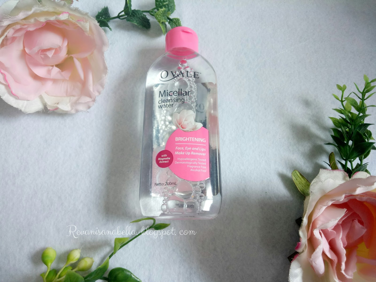Review Ponds White Beauty Brightening Micellar Water Dan Ovale Twin Pack 200ml Tekstur Bau