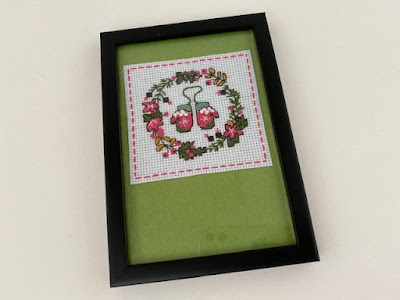 Mini Christmas cross stitch kit completed