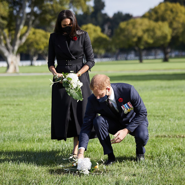 Prince Harry and Meghan lay flowers in LA to Remember fallen Commonwealth Soldiers