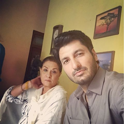 Bholi Bano Cast Syed Jabran Played Tajdaar role and hiba bukhari qadir played Bano role in bholi bano Serial on jeo TV.Bholi bano Is very famous Pakistani Serial,